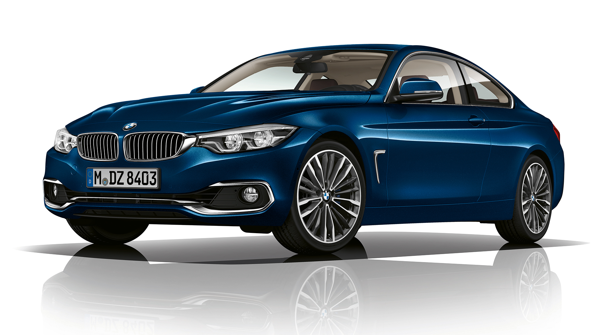 BMW 4 Series Coupé, Model Luxury Line three-quarter front shot